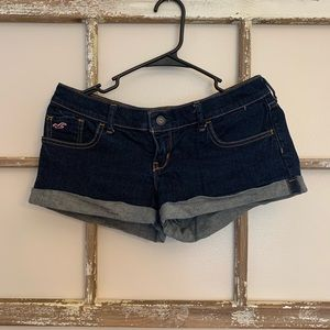 Hollister size 27 Jean Shorts